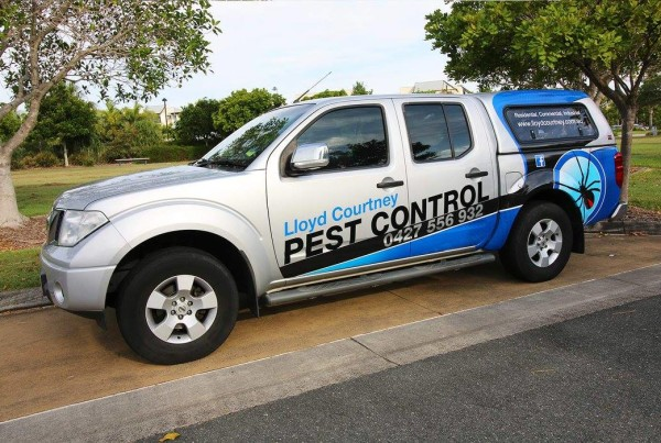 Lloyd-courtney-pestcontrol-ute-2