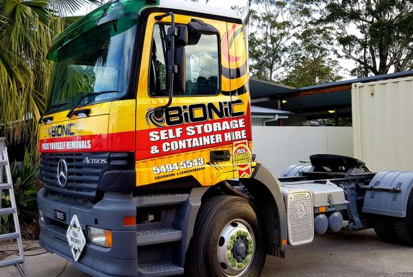 bionic-storage-truck-wrap-signage-graphics
