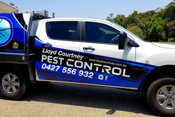 vehicle-wrap-lloyd-courtney-pest-control