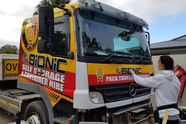 bionic-storage-truck-wrap-signage-10
